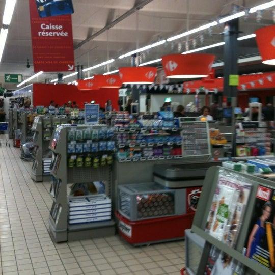 Снимок сделан в Carrefour hypermarché пользователем Vincent   วินเซ็นต์ V. 10/25/2012
