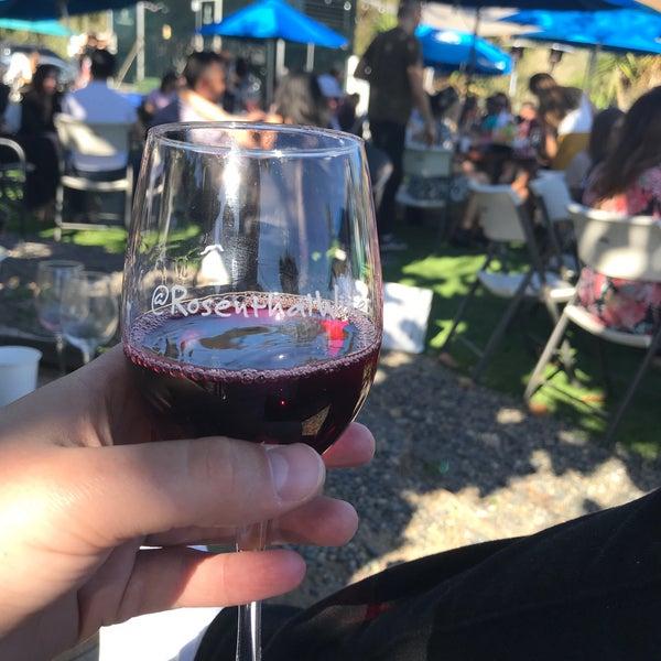 Photo prise au Rosenthal Wine Bar & Patio par Jeff W. le3/16/2019
