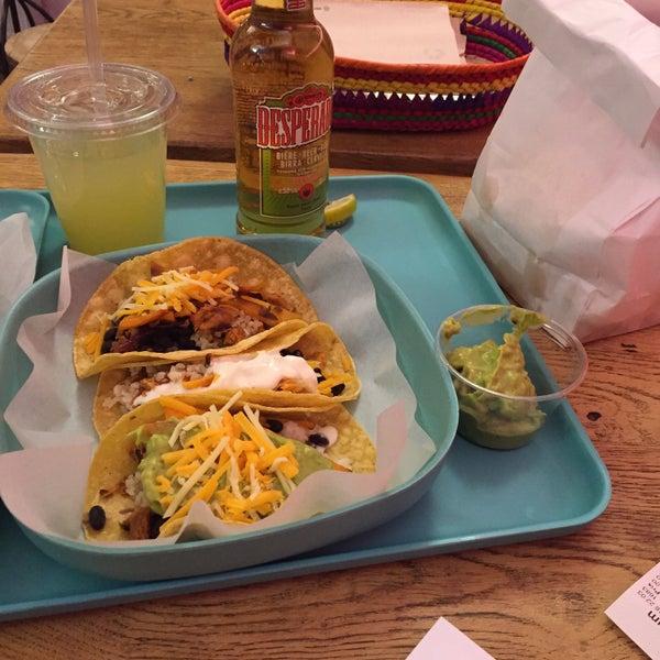 Tacos, burritos & guacamole 😍🌮🌯