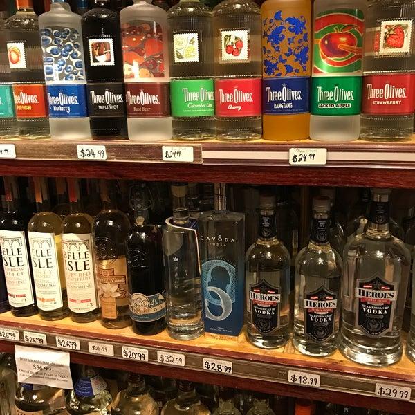 Foto diambil di Ambassador Wines & Spirits oleh Regan C. pada 5/5/2017