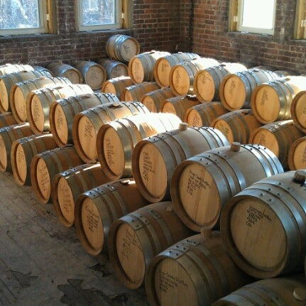 Foto scattata a Kings County Distillery da Dee M. il 1/5/2013