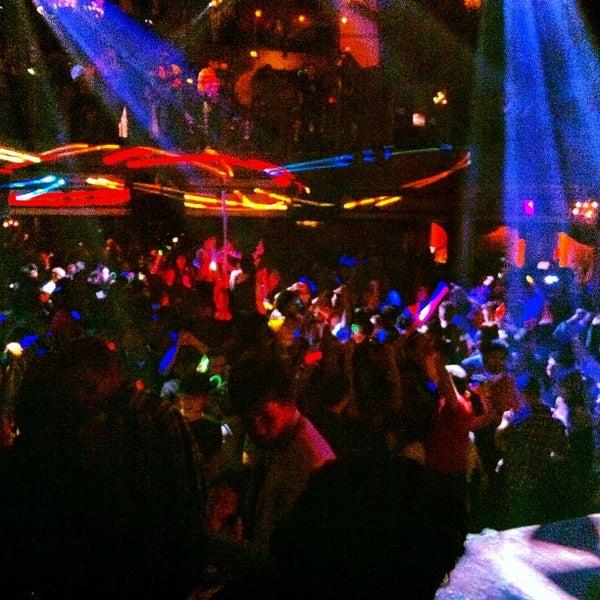 Photo prise au Opera Nightclub par Opera Nightclub le11/22/2012