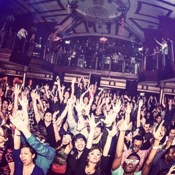 Photo prise au Opera Nightclub par Opera Nightclub le2/21/2013