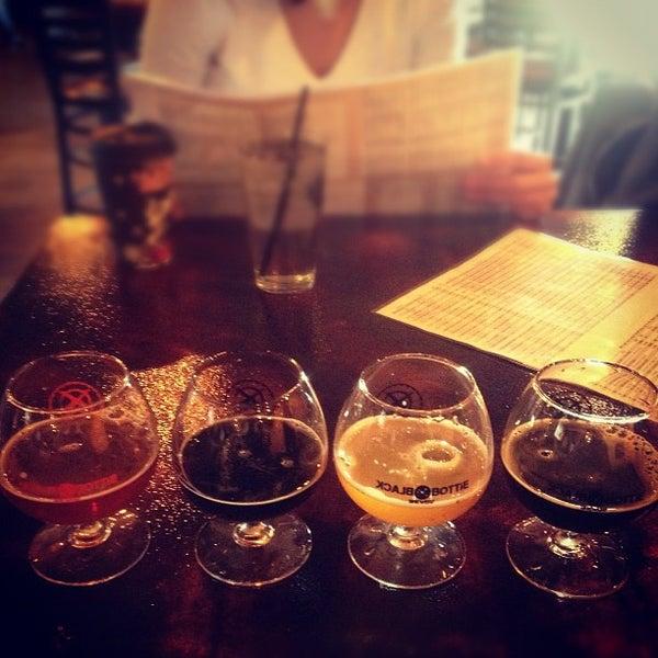 Das Foto wurde bei Black Bottle Brewery von Austin G. am 1/20/2013 aufgenommen