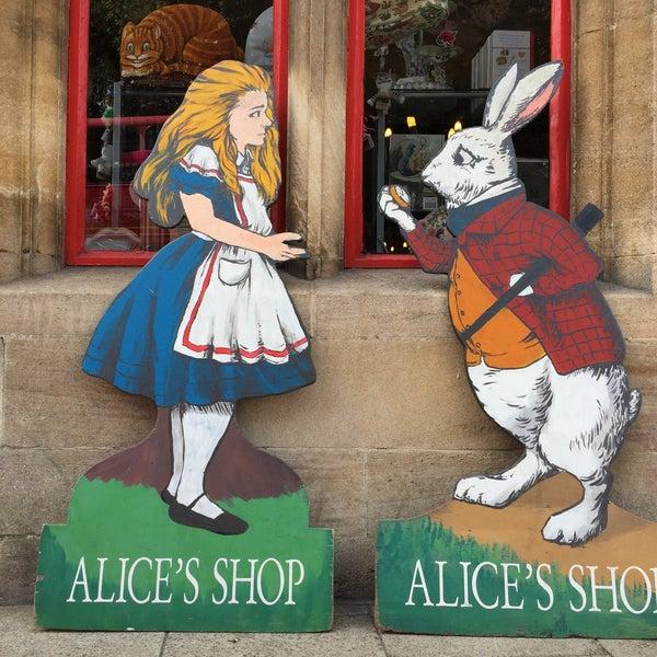 8/23/2018 tarihinde singsingarsingziyaretçi tarafından Alice's Shop'de çekilen fotoğraf