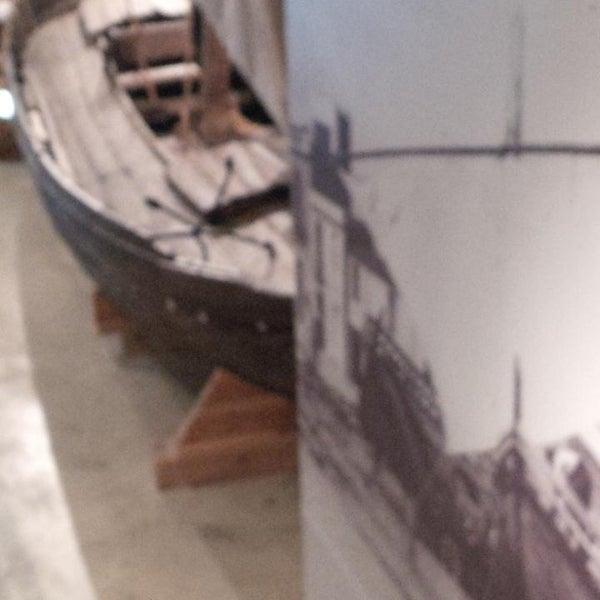 รูปภาพถ่ายที่ Museu de la Pesca โดย antoni g. เมื่อ 8/30/2013