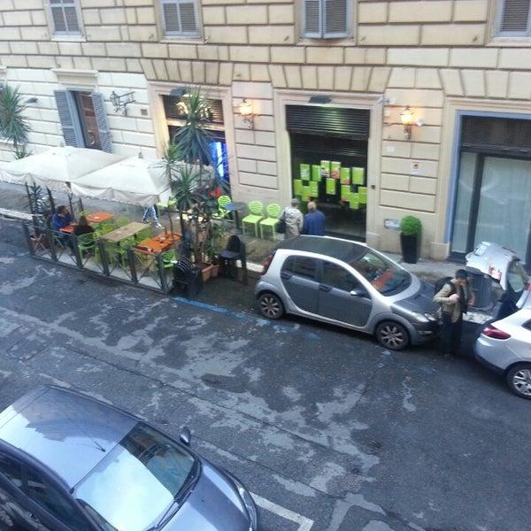 Foto scattata a Hotel Des Artistes da Alexey P. il 5/6/2013