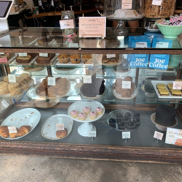 They serve Joe's Coffee & have a decent selection of pastries daily. They sell snacks from Taos Bakes (in New Mexico).
