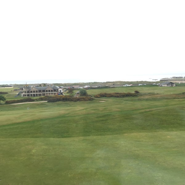 Foto tirada no(a) Old Course Hotel Golf Resort & Spa por Begüm G. em 5/30/2016