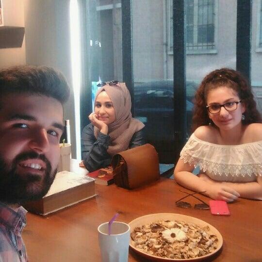 Foto tirada no(a) Olmadık Projeler Atölyesi / Unusual Projects Atelier por tuğba k. em 8/9/2016