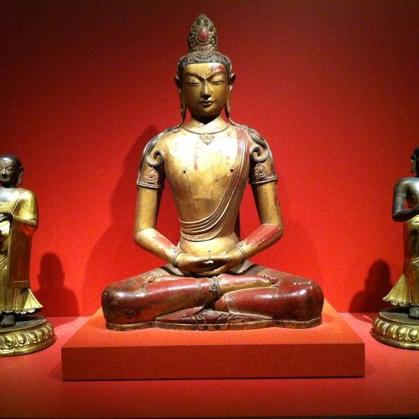 2/17/2013 tarihinde Steve F.ziyaretçi tarafından Asian Art Museum'de çekilen fotoğraf