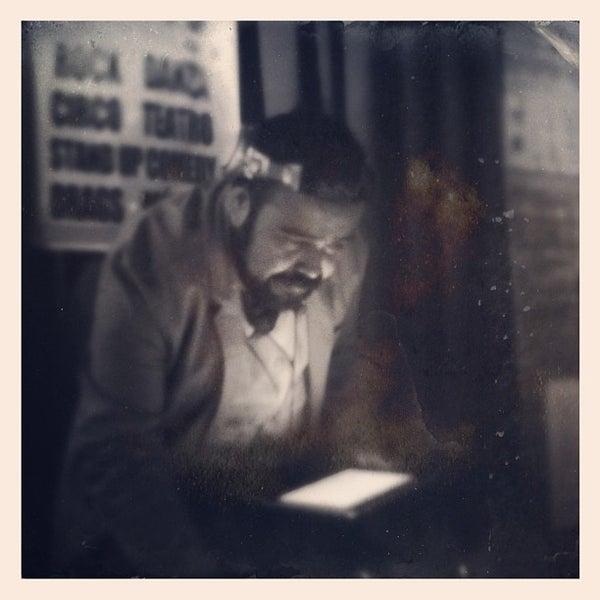 Das Foto wurde bei Viking - Arte Café Punto Zero von Edgar C. am 1/20/2013 aufgenommen