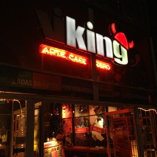 Das Foto wurde bei Viking - Arte Café Punto Zero von Edgar C. am 2/10/2013 aufgenommen