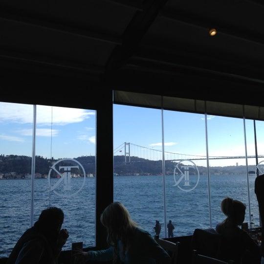 Foto tomada en Taş Kahve Cafe & Restaurant por Srpacr el 1/20/2013