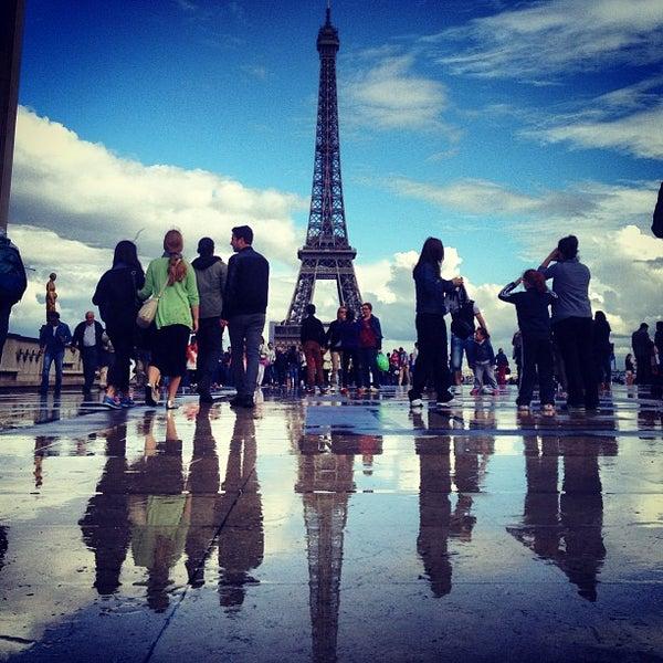 Photo prise au Place du Trocadéro par Chris Z. le6/23/2013