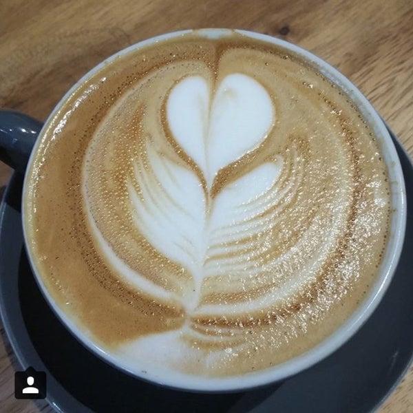 8/21/2015 tarihinde Breanne Y.ziyaretçi tarafından Joe Coffee'de çekilen fotoğraf