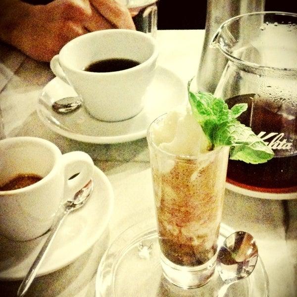 2/13/2013にDOMIがTamp & Pull Espresso Barで撮った写真
