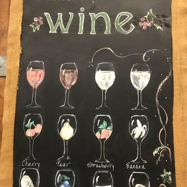รูปภาพถ่ายที่ Orfila Vineyards and Winery โดย Rick M. เมื่อ 9/22/2018