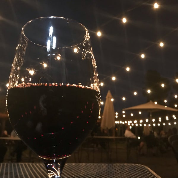รูปภาพถ่ายที่ Orfila Vineyards and Winery โดย Rick M. เมื่อ 11/18/2019