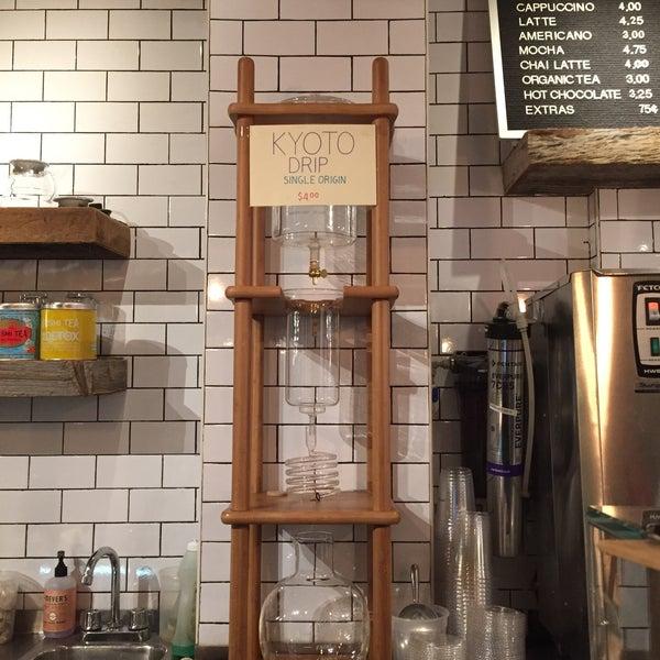 1/21/2016にLaurenがNolita Mart & Espresso Barで撮った写真