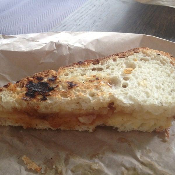 7/13/2013에 Richarf S.님이 Beecher's Handmade Cheese에서 찍은 사진