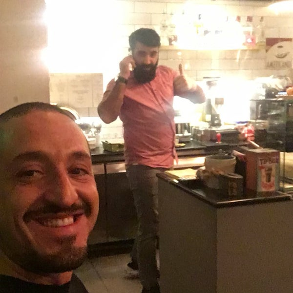 12/2/2016 tarihinde Serkan E.ziyaretçi tarafından MEG Cafe'de çekilen fotoğraf