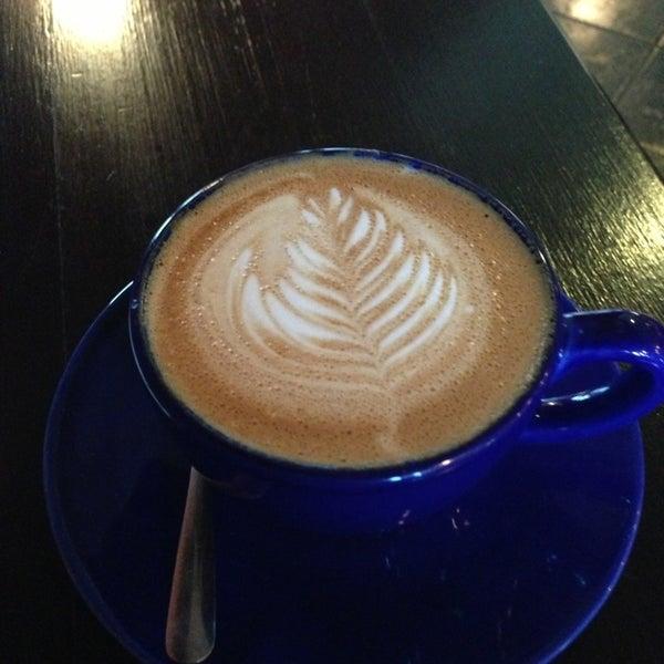 1/11/2013にRon G.がFrogg Coffee Bar and Creperieで撮った写真