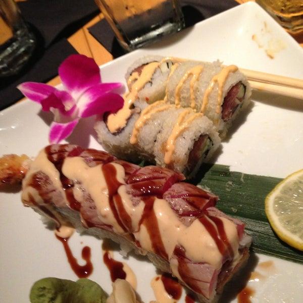 Das Foto wurde bei Mura Japanese Restaurant von David W. am 3/5/2013 aufgenommen