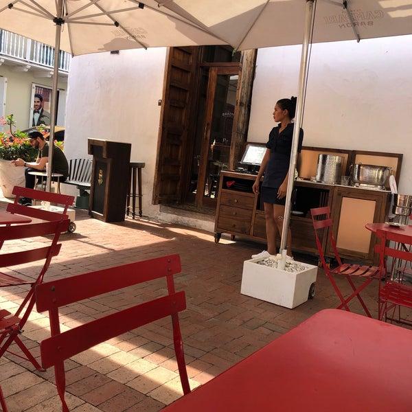 Photo taken at EL BARÓN - Café & Liquor Bar by Pityu M. on 9/6/2019