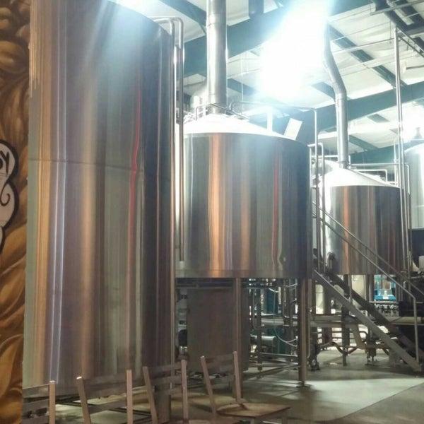 Das Foto wurde bei Southbound Brewing Company von Robert B. am 11/11/2017 aufgenommen