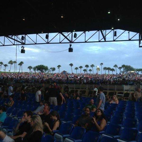 Foto tomada en Coral Sky Amphitheatre por Roberto A. el 7/20/2013