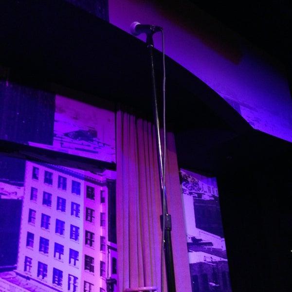 3/7/2013にJosh H.がStand Up Liveで撮った写真
