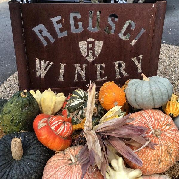 Снимок сделан в Regusci Winery пользователем Matt W. 10/17/2015