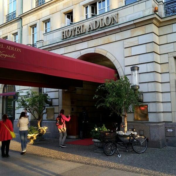 9/9/2015에 L M.님이 Hotel Adlon Kempinski Berlin에서 찍은 사진