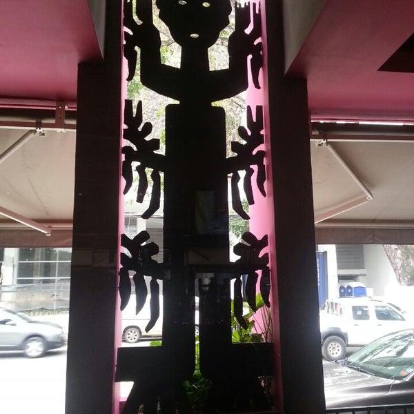 Foto diambil di Rosa Mexicano Panamá oleh Francisco R. pada 6/12/2013