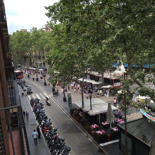 Foto tirada no(a) Hotel Arc La Rambla por David D. em 6/11/2016
