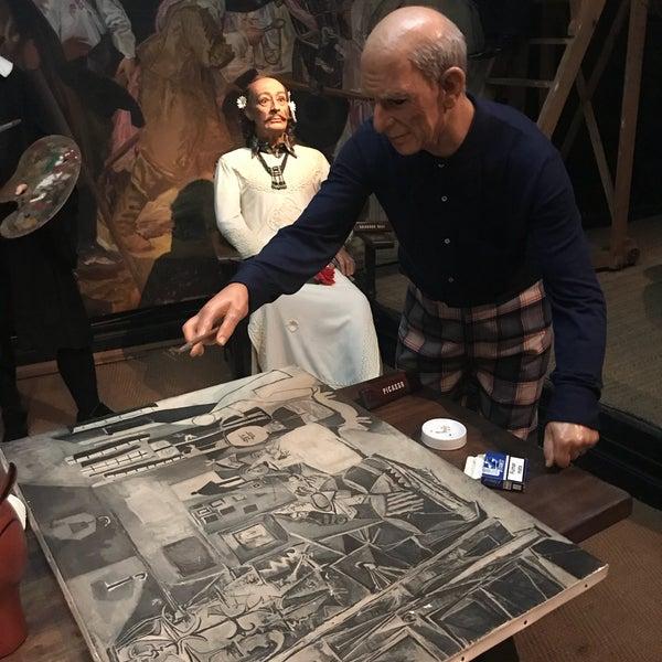 Foto diambil di Museu de Cera de Barcelona oleh Kata S. pada 5/24/2018