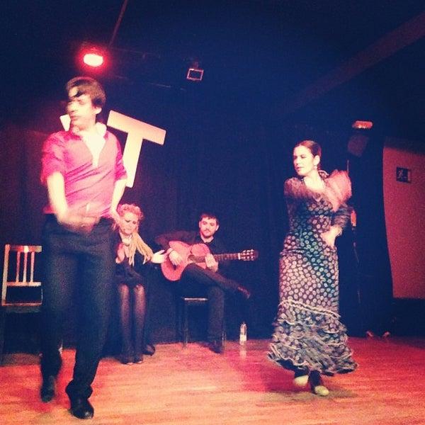Снимок сделан в Las Tablas Tablao Flamenco пользователем Jose R. 3/2/2013