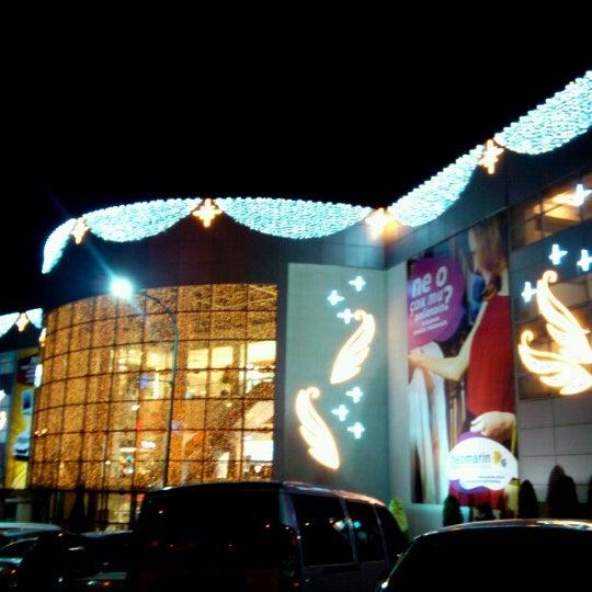 Foto diambil di Neomarin oleh Huseyin A. pada 11/13/2012
