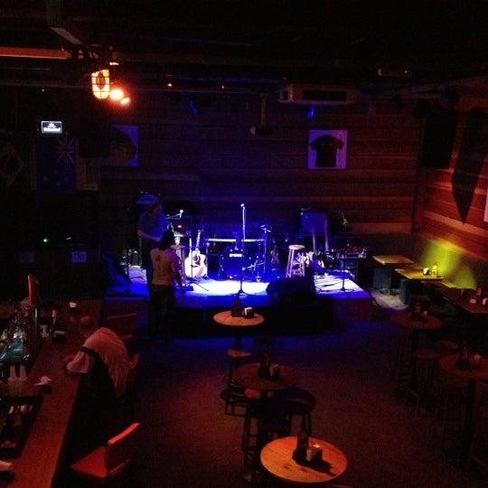 Foto tomada en Ozzie Pub por Renata F. el 11/29/2012