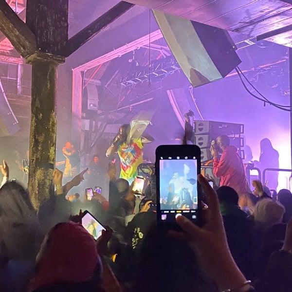 Foto tomada en Knockdown Center por Toda el 2/22/2020