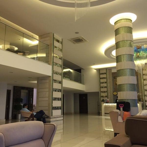 8/7/2017 tarihinde Murat U.ziyaretçi tarafından Rox Hotel'de çekilen fotoğraf