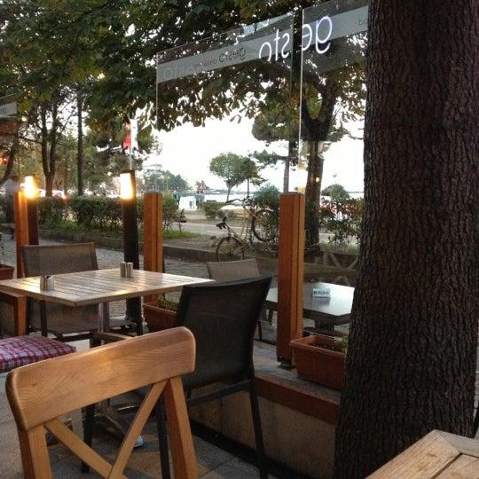 10/27/2012 tarihinde tuba y.ziyaretçi tarafından Gesto'de çekilen fotoğraf