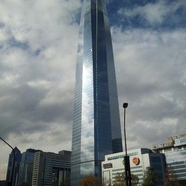 Foto scattata a Costanera Center da Cristian C. il 5/31/2013