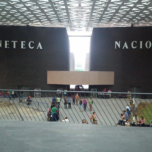 Foto tomada en Cineteca Nacional por Miguel V. el 5/4/2013