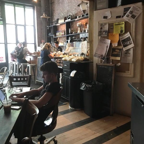 """8/8/2017にWinston """"Stone"""" F.がTaszo Espresso Barで撮った写真"""