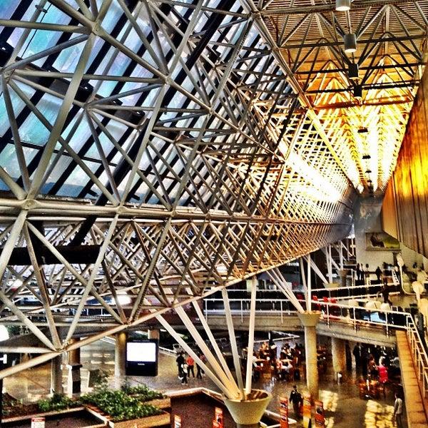 Foto tomada en Aeropuerto Internacional de Brasilia Presidente Juscelino Kubitschek (BSB) por Rafael H. el 5/29/2013