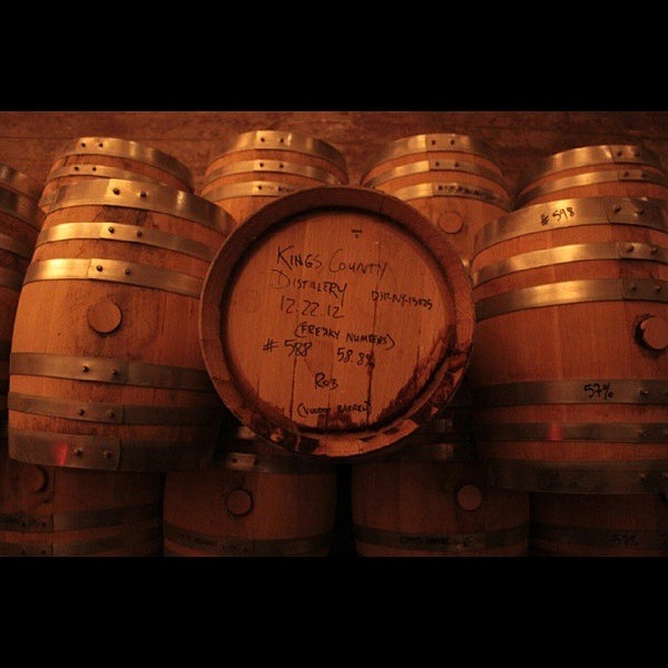 Foto scattata a Kings County Distillery da Andrew H. il 10/10/2013