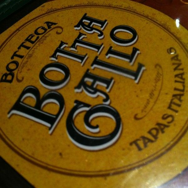 รูปภาพถ่ายที่ Bottega Bottagallo โดย Rafael C. เมื่อ 6/1/2013