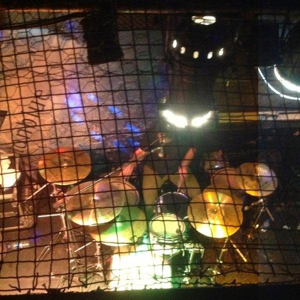 3/8/2013 tarihinde Kadir A.ziyaretçi tarafından Dorock Heavy Metal Club'de çekilen fotoğraf